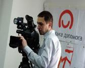 1 Czernihów,  2014 r.  Lokalna telewizja przygotowa_a wyemitowa_a materia_ z dyskusji z udzia_em dzie